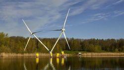 Nezzy² - die schwimmende Windkraftanlage (Quelle EnBW / Fotograf Jan Oelker)