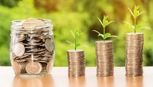 Investitionen in Erneuerbare sind insgesamt rückläufig - mit einer Ausnahme (Bild: Pixabay)