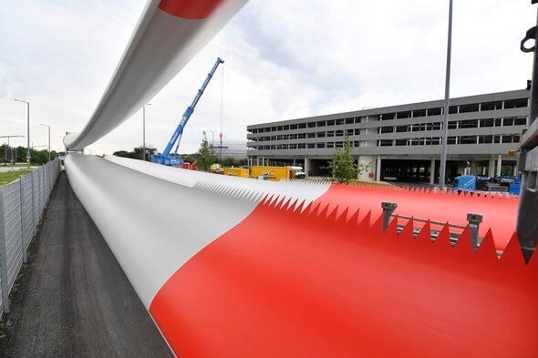 Noch in diesem Jahr sollen die Rotorblätter in Dienst gehen und Ökostrom erzeugen (Bild: SWM)