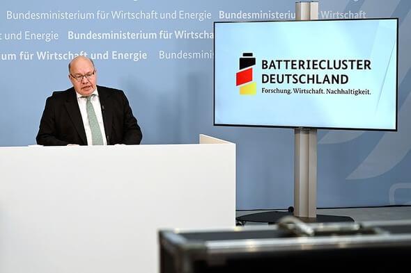 Bundeswirtschaftsminister Peter Altmaier (Bild: BMWi/Andreas Mertens)
