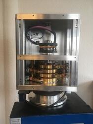Hybrid-Schleifringübertrager F 7135 der Moog Rekofa mit Komponenten aus Antweiler (Kohlesystem), Halifax (FORJ) und Blacksburg (Fiber-Brush) (Bild: Moog Rekofa)