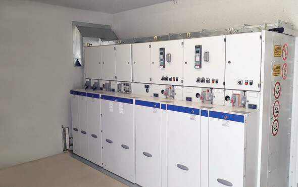 Die Netzanschlussstation am Firmenhauptsitz in Alhorn (Bild: Beton- und Energietechnik Heinrich Gräper GmbH & Co. KG)