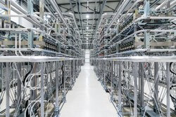 Interior view of HVDC converter hall (Image: Siemens Energy)