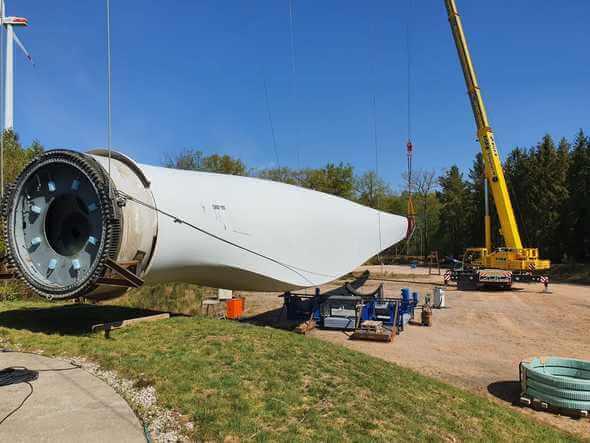 Im Technologiezentrum Rennerod, dem ehemaligen Hauptsitz der GFW, werden Sonderkonstruktionen wie das bodengestützte Windensystem (BGWS) fortentwickelt (Bild: Deutsche Windtechnik)
